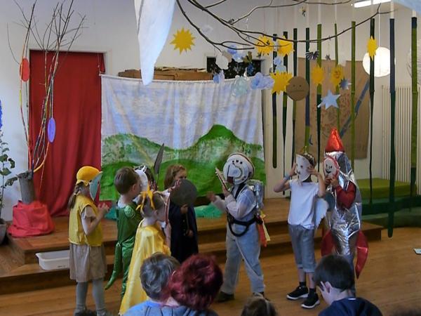 Schulkinder-Abschlussfest 2019 - Theaterstück